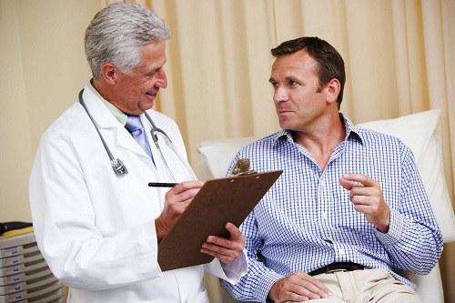 Điều trị đục thủy tinh thể, võng mạc ở người tiểu đường 2