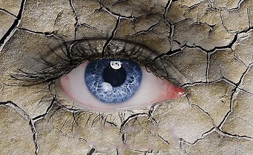 Nguyên nhân gây khô mắt là gì