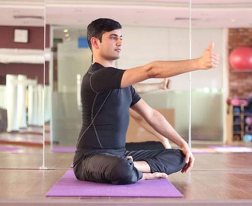bài tập yoga cho mắt - chuyển động tầm nhìn